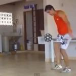 Kĩ thuật tâng bóng điêu luyện