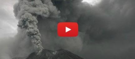 Núi lửa ở Indonesia phun trào dữ dội